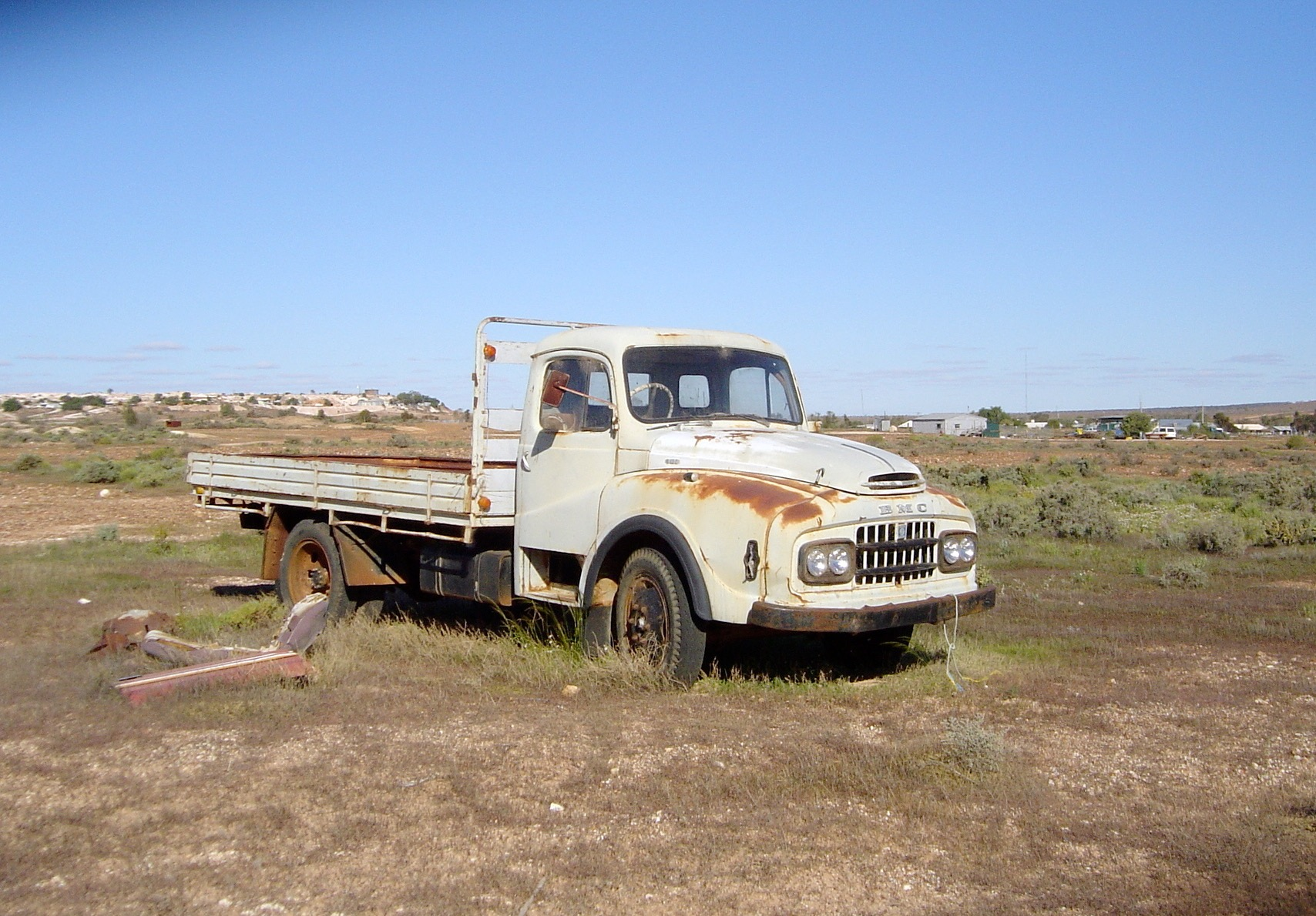 An Old Truck in Good Condition.