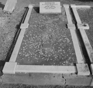 Minnie Berrington and Victor's grave