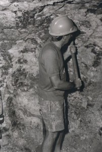 Johno mining at White Cliffs Opal Field